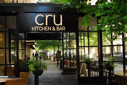 Cru Kitchen & Bar {Restaurant Review}