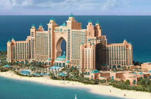 Dubai famous hotels the palm the atlantis hotel the for K porte inn hotel dubai