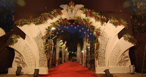 Wedding Gate Flower Decoration in Girgaon, Mumbai   ID