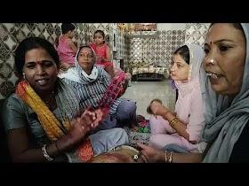 Devi bhajan lyrics maiya shringa tera laal hai