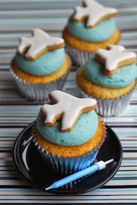 30 Inspiring Aviation Cupcakes   Cupcakes Gallery
