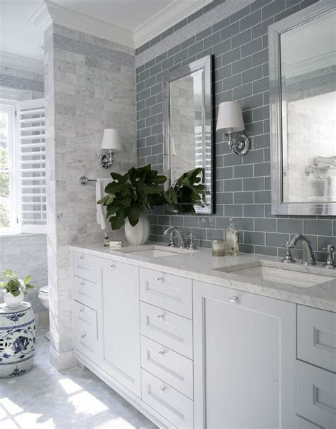 brilliant decorating ideas    bland bathroom
