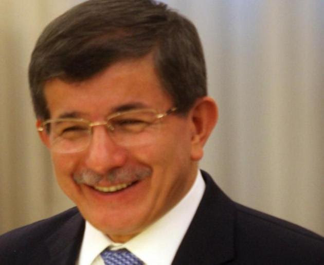 Ερντογάν διώξε τον Νταβούτογλου
