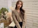 Những kiểu áo len đa phong cách khiến chị em văn phòng trẻ ra hẳn cả chục tuổi