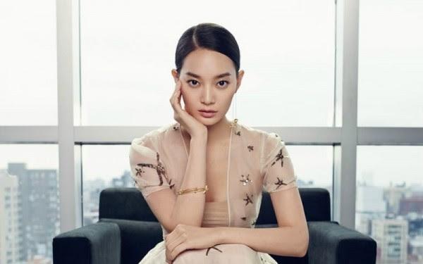 Shin-Min-Ah-Harpers-Bazaar-February-2015-800x500