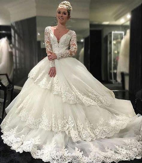 Vintage Beaded Appliques Wedding Dresses Tiers Long