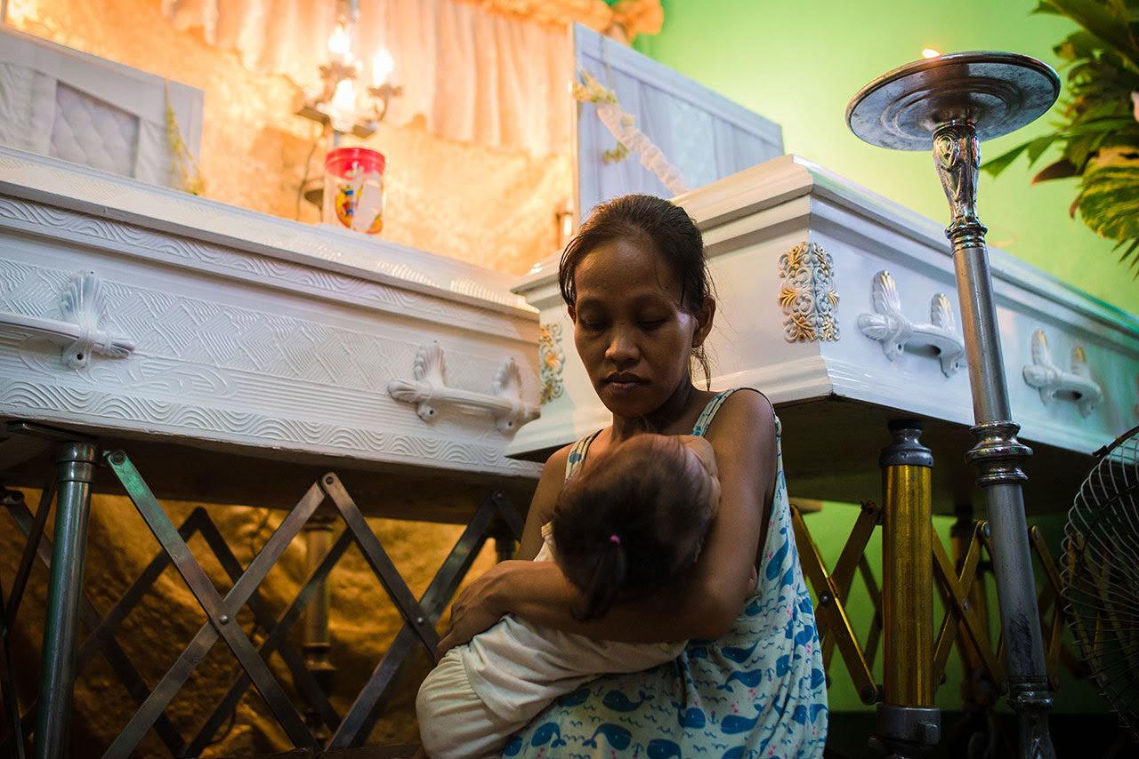 Nightcrawlers: Photographers in the Philippines