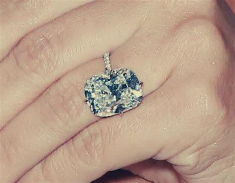 Kim Kardashian's Engagement Ring   Celebrity Engagement Rings