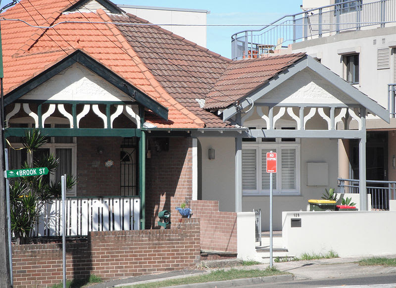 File:127 Brook Street. cnr Carr Street, Coogee NSW.jpg