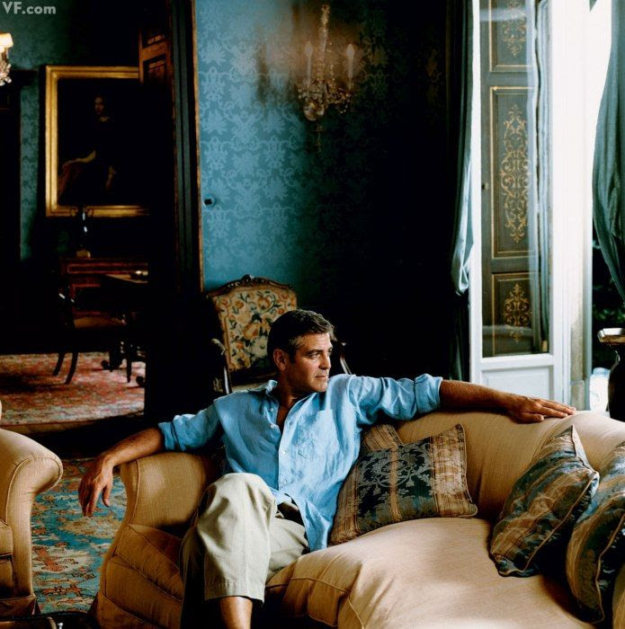 (BrandonRugs.com) Looks as if George knows rugs. And your choice of hand-knotted oriental rugs is one of the easiest ways to emulate the lifestyles of the rich and famous. (Photos: Photos: Lake Como's Villas, Interiors, and Glamorous Denizens | Vanity Fair)