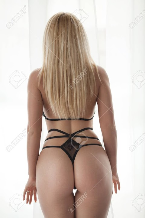 Sexy Blonde Ass Pictures Exposed (#1 Uncensored)
