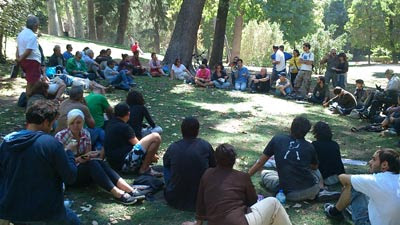 Imagen de una de las asambleas celebradas en el parque del Retiro de Madrid.