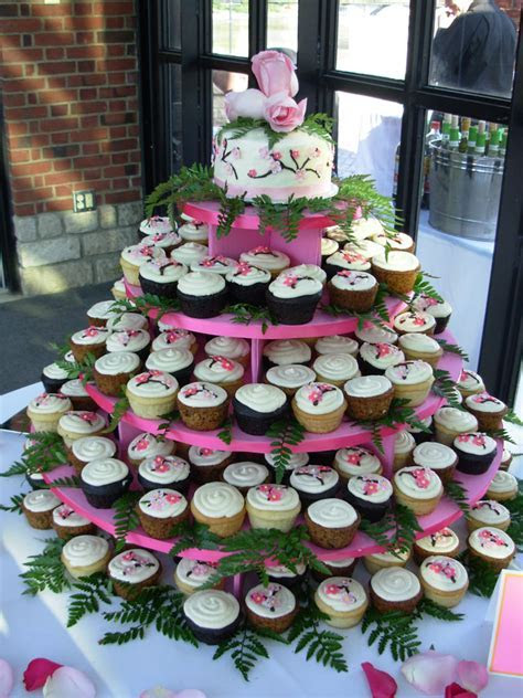 Cupcakes and Cardigans: Wedding Cupcakes   Cupcakes