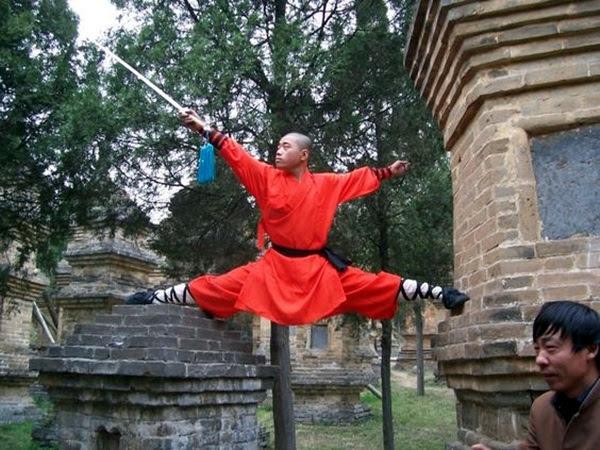Shaolin monk Martial Art Demonstrations (31)