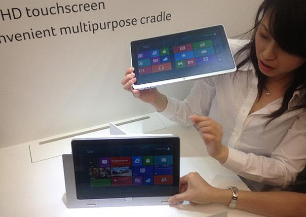 Iconia W700 mais uma opção dos lançamentos da Acer na Computex 2012 (Foto: Nick Ellis/TechTudo)