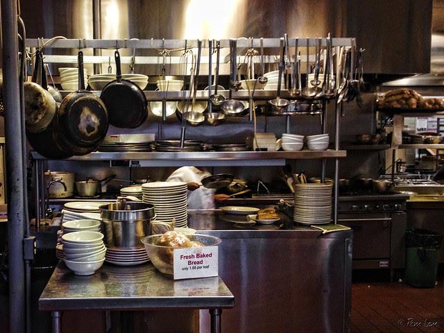 Pina's Pizza kitchen