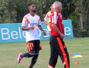 Luiz Antonio flamengo treino (Foto: Thales Soares)