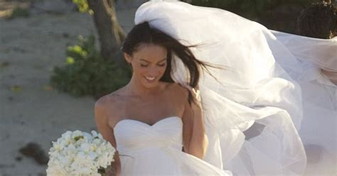 Wallpaper World: Megan Fox bridal dress photos