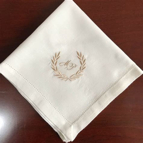Personalized Napkins White napkins, custom dinner napkin