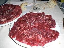 Comer menos carne evita câncer, ataques cardíacos e o aquecimento global