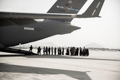 США оставили в Афганистане спасавшего Байдена переводчика