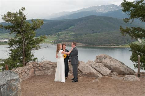 Five Things You Should Know About Eloping in Colorado