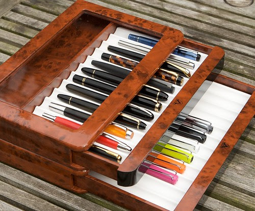 Visconti 12-Pen Stackable Case