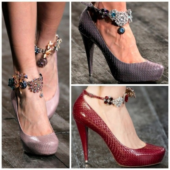 shoe jewelry-i think this could easily be done with bracelets...