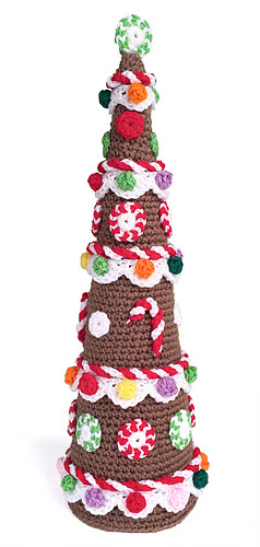 Ccd131209_gingerbread_christmas_tree_01_1324_medium