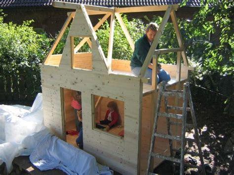 spielhaus mit terrasse cheap mit terrasse  spielhaus