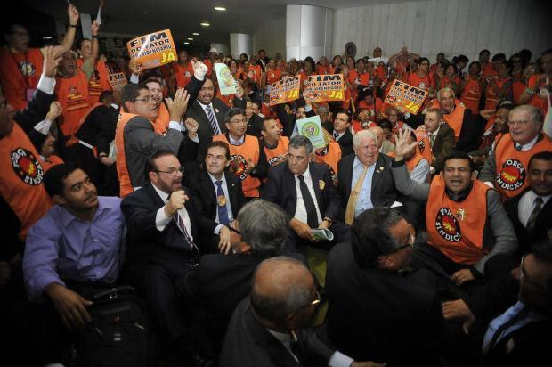 Sindicalistas pressionam, enquanto governo tenta evitar mudança na aposentadoria José Cruz/Agência Brasil