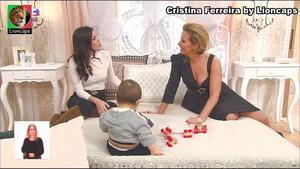 Cristina Ferreira sensual em vários momentos