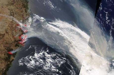 VIAGEM INTERCONTINENTAL: Fumaça de queimadas na Austrália chega a Argentina; veja vídeo