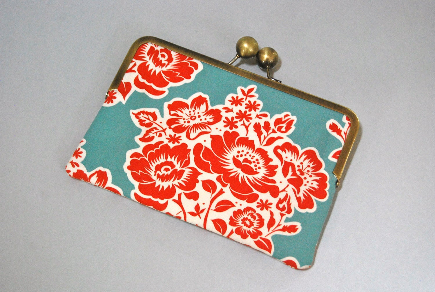 "Unique and Stylish eReader / Kindle / Sony / Nook Clutch Case ""Secret Garden"""