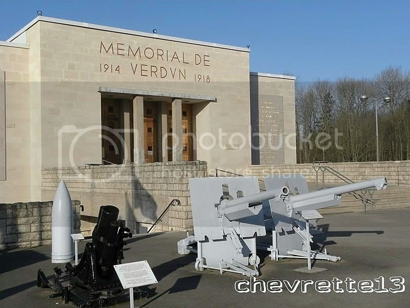 http://i1252.photobucket.com/albums/hh578/chevrette13/FRANCE/DSCN1887Copier_zps877586b4.jpg