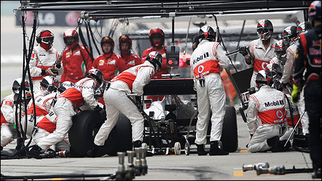 F1 Germany Mclaren Performs Fastest Tire Change Ever In