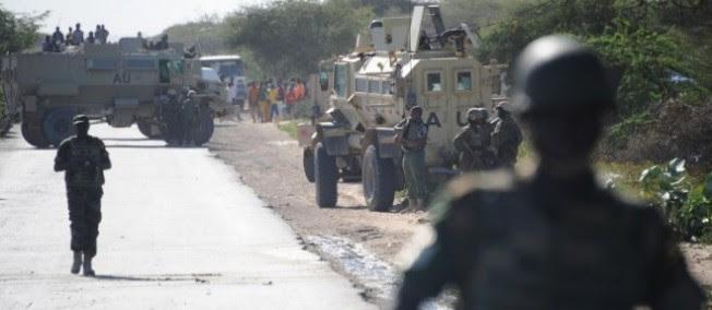 Des soldats de l'Union africaine à la frontière somalienne en septembre 2014.