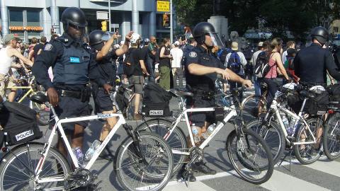 Des policiers durant le G20