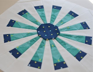Dresden Fan Block Tutorial by Hyacinth Quilt Designs