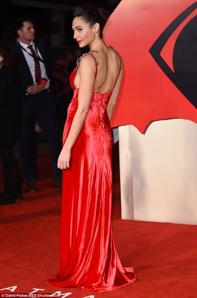 Side-boob show: Gal also offered onlookers a flash of side-boob in the cleavage-baring frock