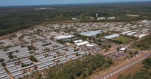 """Australia construye campamentos de cuarentena para """"operaciones en curso"""""""