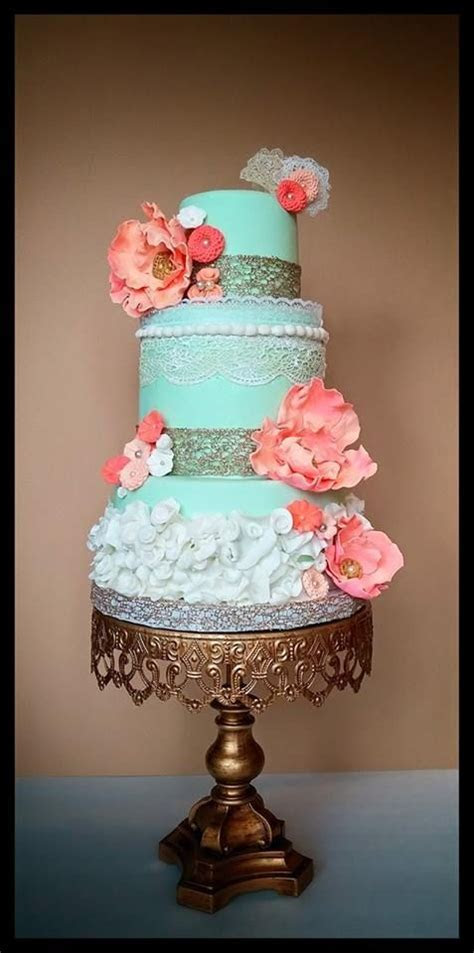 in LOVE with this mint green and coral wedding cake! ~ we