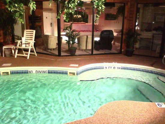 Pool, Inside the bedroom - Picture of Sybaris Indianapolis ...