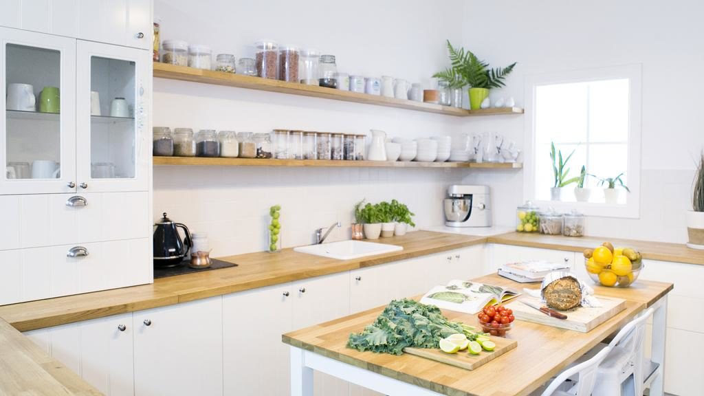 10 Tips For A Healthier Kitchen Without Breaking The Bank Om Made By Emily