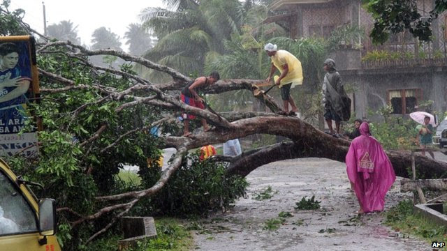 Philippines hit by Typhoon Bopha
