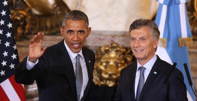 El presidente de los Estados Unidos, Barack Obama, y su homólogo de Argentina, Mauricio Macri, posan durante la rueda de prensa tras su encuentro en la Casa Rosada. EFE/David Fernandez