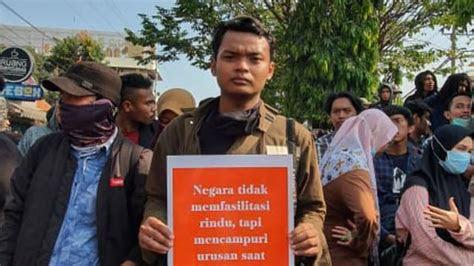 poster kocak demo mahasiswa tolak ruu kuhp lucu tapi