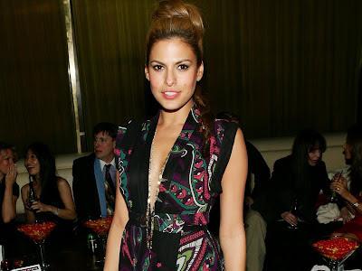 Eva Mendes in a pretty dress