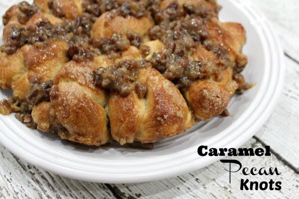 caramel-pecan-knots-01