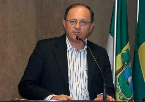 Benes Leocádio é eleito presidente da Federação dos Municípios do RN